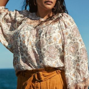 ANTHROPOLOGIE Flora Silk Blouse NWT in Size Small